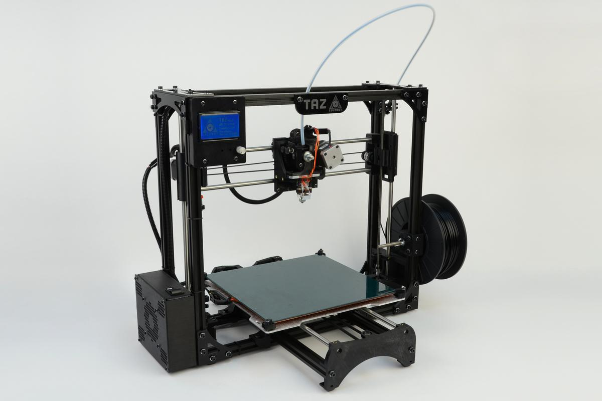 The TAZ 2 sees the addition of an LCD screen and SD card slot to enable the printing of objects without a computer