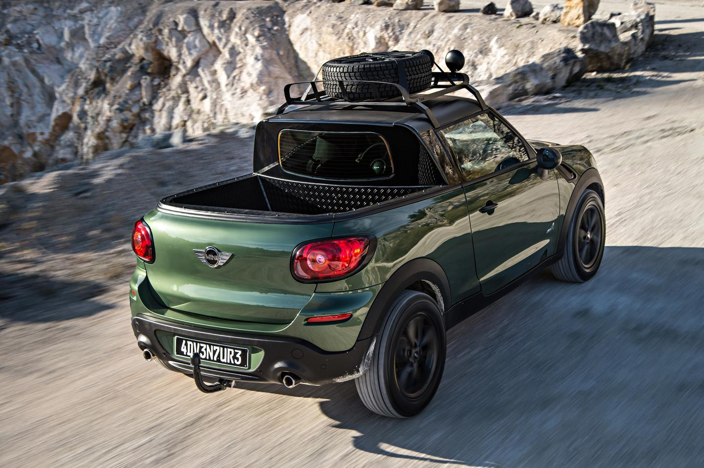 The MINI Paceman Adventure is a project of MINI apprentices and trainers