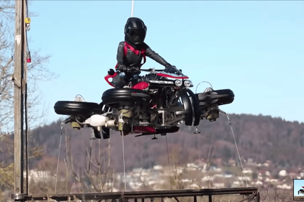 Liftoff! Lazareth's Moto Volante in a stable 1-meter hover on safety tethers