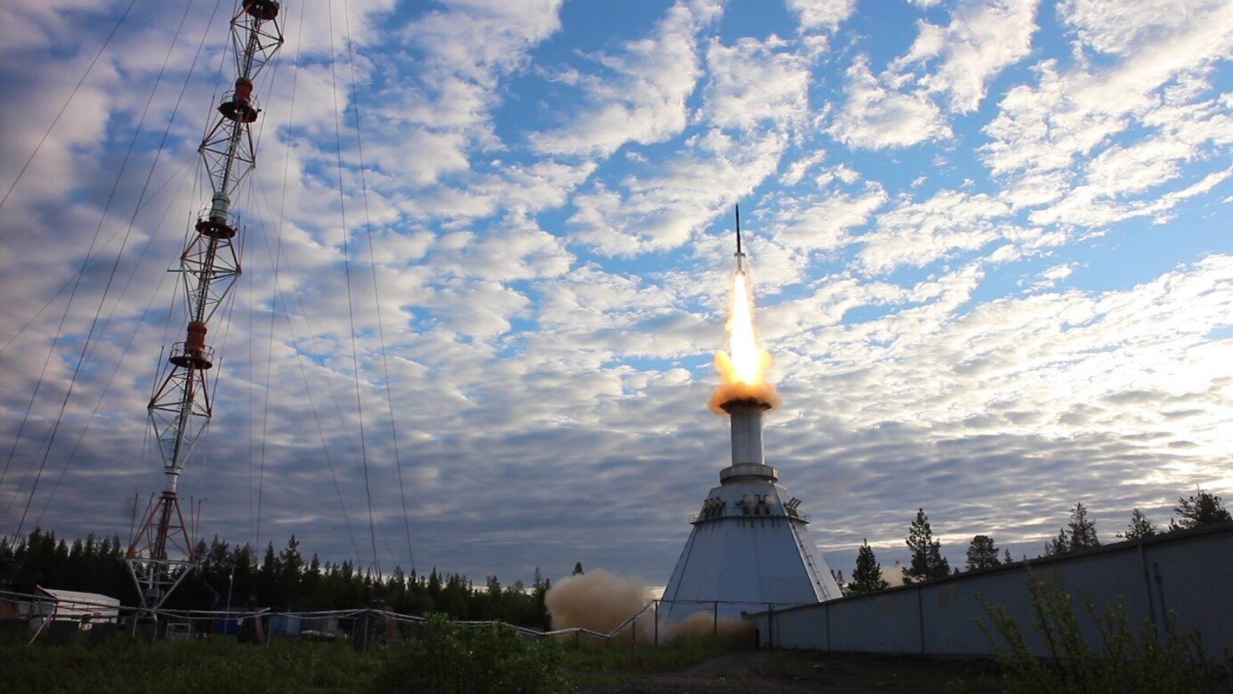 A sounding rocket launches from Sweden, carrying perovskite and organic solar cells for the first tests in space